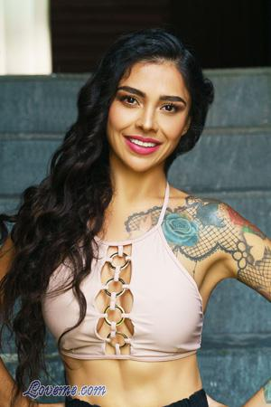 Thousands Of Beautiful Foreign Women 30