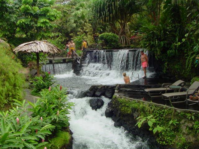 http://www.loveme.com/tour/costa-rica/img/costa-rica-resorts.jpg